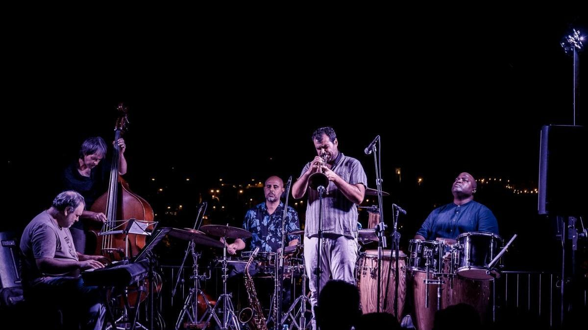 Unos 3.000 espectadores asisten a los conciertos de verano del CRV