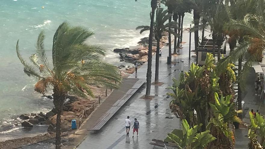 Agosto se despide con precipitaciones y truenos en la provincia de Alicante
