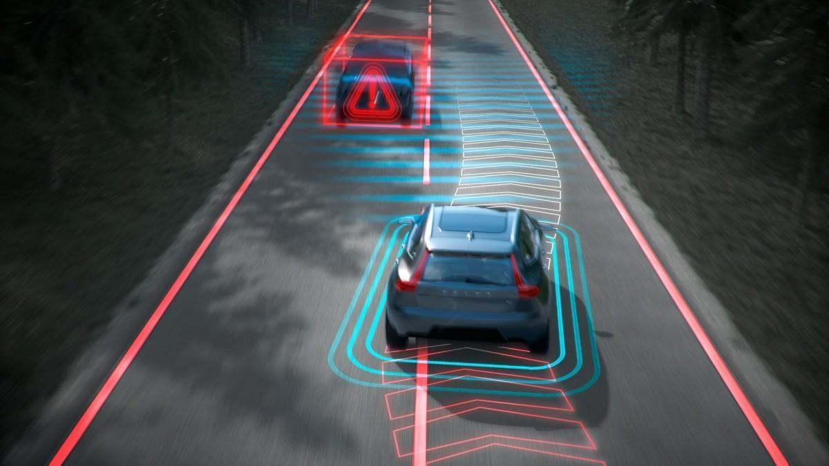 6 cosas que debes saber de los sistemas de asistencia a la conducción ADAS