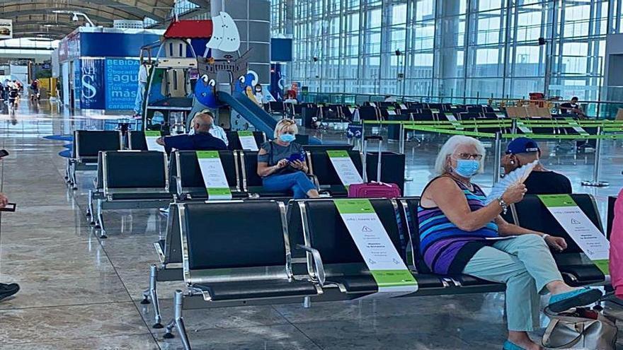 El aeropuerto abre el espacio de la terminal que cerró por la falta de viajeros en el confinamiento