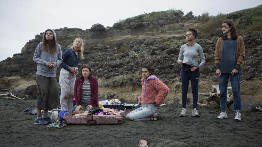 'The Wilds', una fiesta de pijamas distópica que recordará a 'Perdidos'