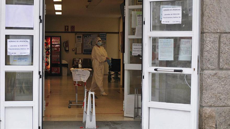 La EOXI obliga a retirar el acceso al centro de salud improvisado por los sanitarios de Moaña