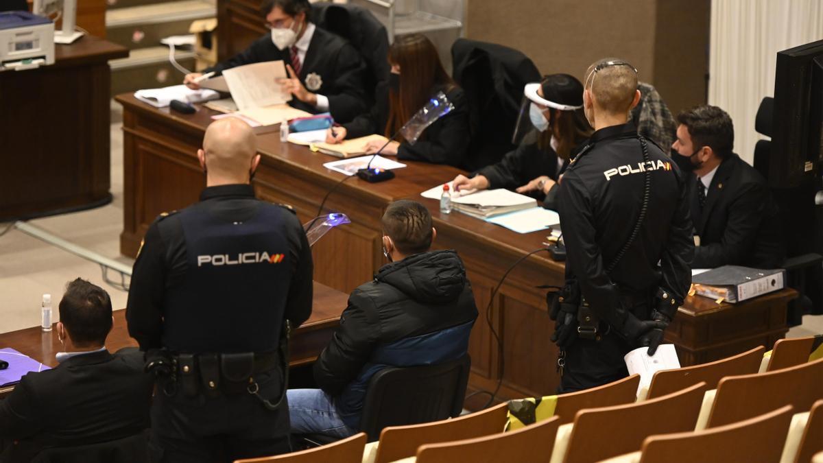 El condenado durante el juicio celebrado en la Ciudad de la Justicia de la capital de la Plana el pasado mes de febrero.
