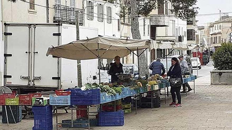 Los pueblos creen que los mercados de alimentos no podrán cumplir las normas