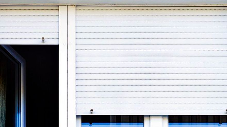 Estos son los trucos que tienes que seguir para que las persianas de tu casa queden relucientes