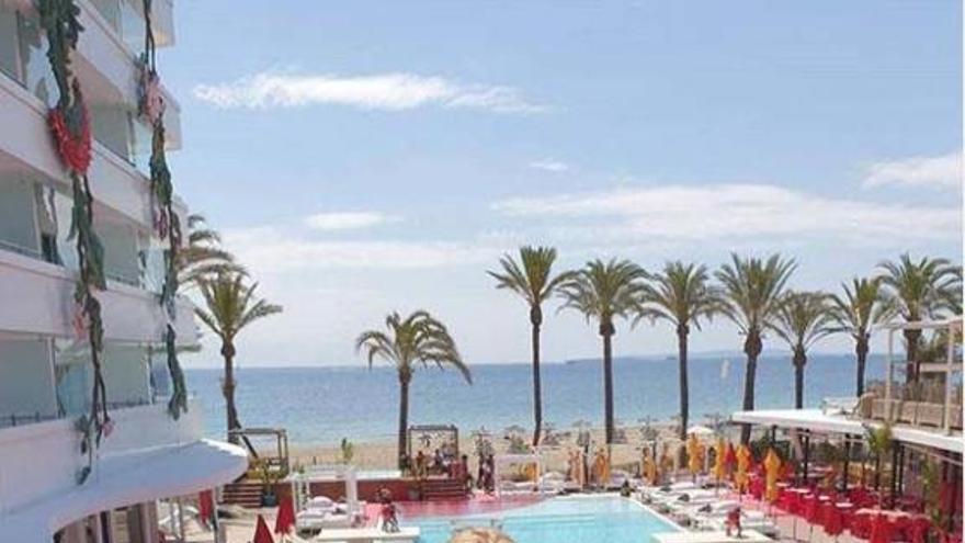 Las fotos de la despedida de soltera de Belén Esteban en Ibiza