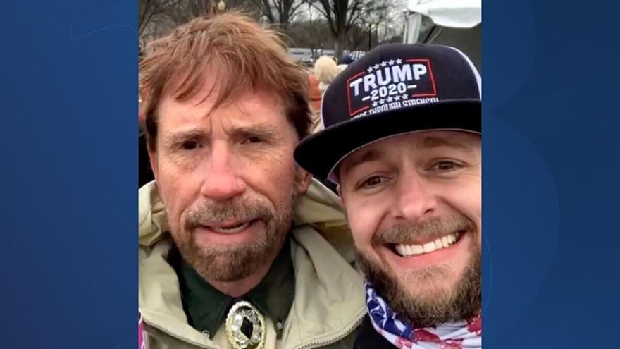 Chuck Norris niega que haya participado en el asalto al Capitolio