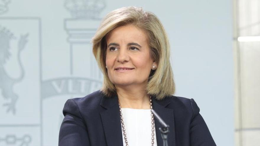 Báñez quiere ampliar el contrato de formación hasta los 30 años