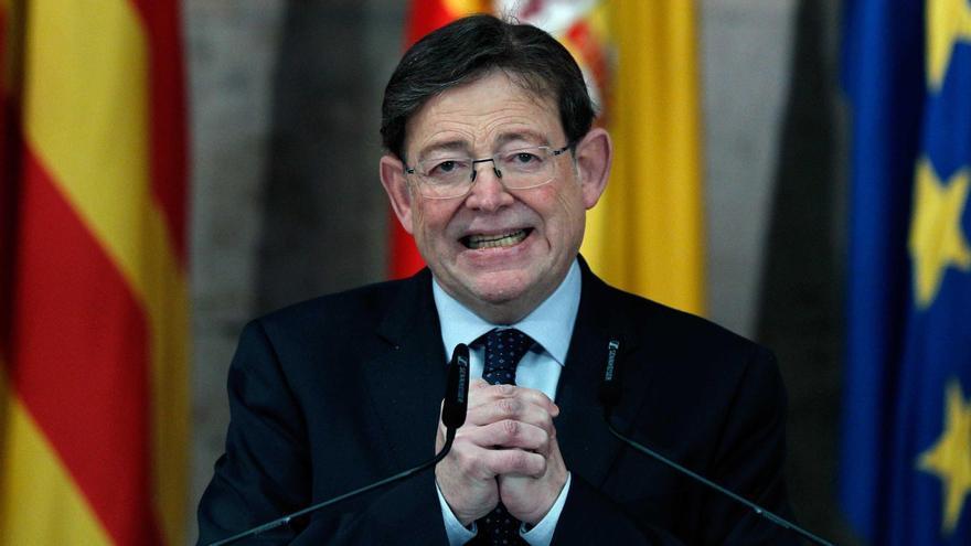 Ximo Puig durante la comparecencia en la que ha anunciado las nuevas medidas.