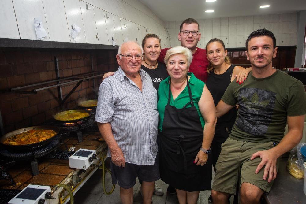 Así se come en el 'Bon aire', el mejor restaurante de paellas del mundo