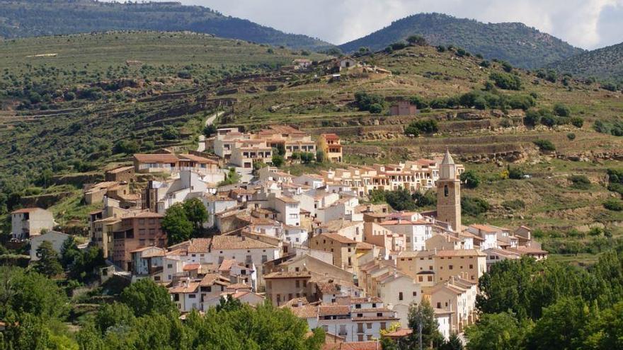 Cortes de Arenoso, el municipio del agua