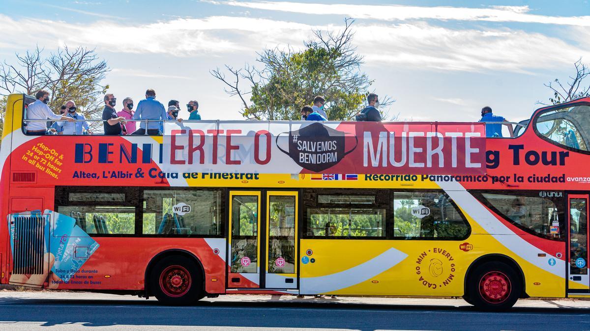 """El sector turístico de Benidorm clama soluciones a la crisis: """"Erte o Muerte"""""""