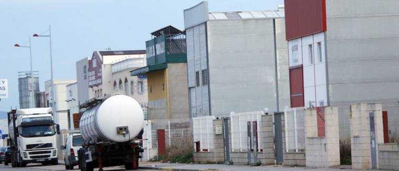 Brotes verdes: Ocho empresas se instalan en 14 meses en el  polígono Cotes de Algemesí