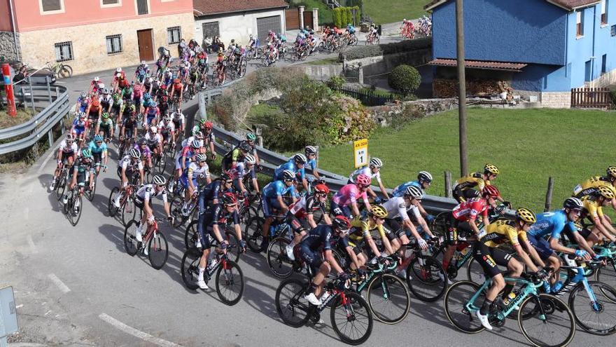 Sigue en directo la etapa de hoy de la Vuelta: Pola de Laviana - Alto de l'Angliru