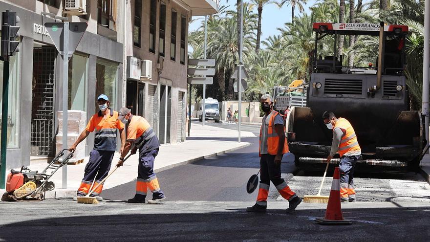Terminan de asfaltar Virgen de la Cabeza un año después de que empezara la obra