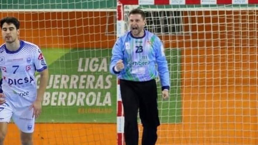 Fichaje | Roney Franzini acompañara a Roberto bajo palos