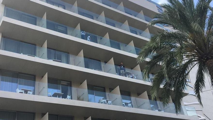Urlauberpaar stirbt nach Balkonsturz auf Ibiza