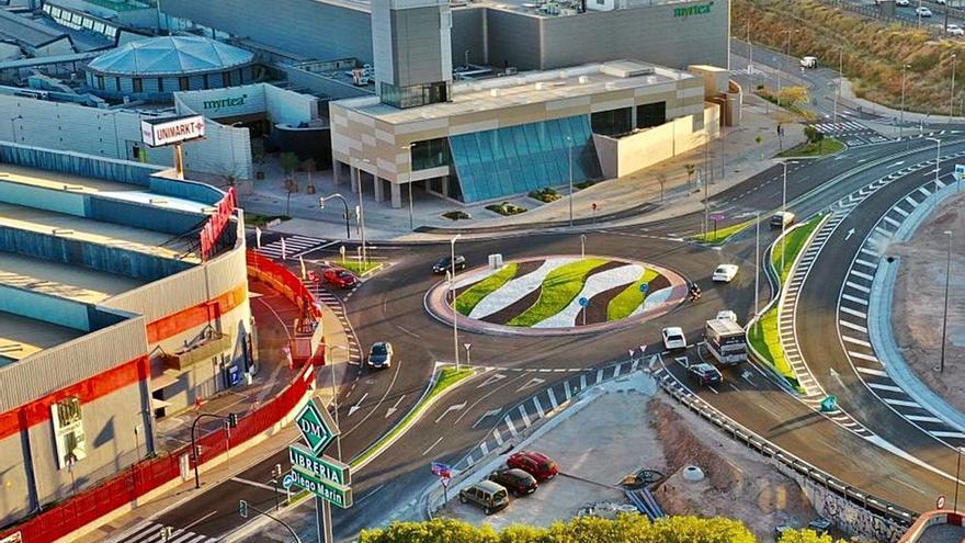Terminan las obras en la nueva rotonda de acceso al campus de Espinardo