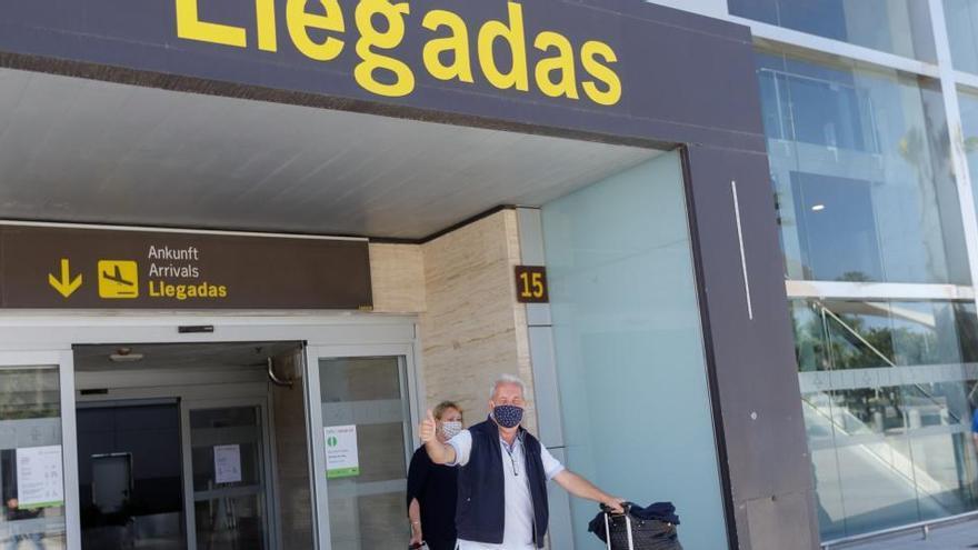 Casi todos los países Schengen desaconsejan a sus ciudadanos viajar a España