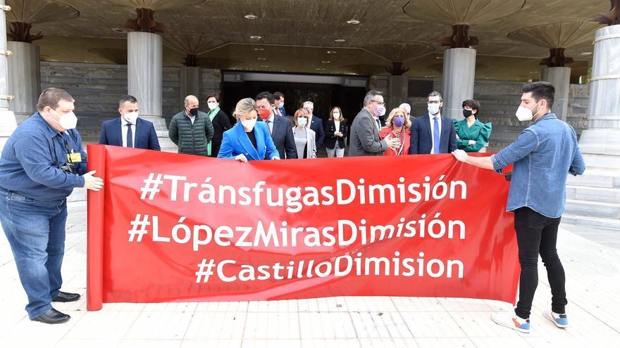 La querella del PSOE contra Miras y los tránsfugas llega al Juzgado número 2 de Murcia