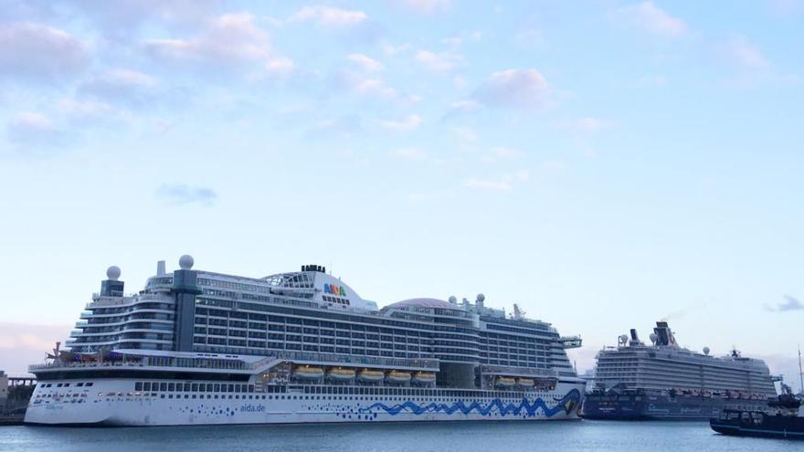 Media docena de cruceros despiden el invierno