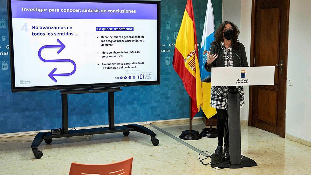 La directora general de Igualdad, Kika Fumero, presentó ayer los resultados del estudio.