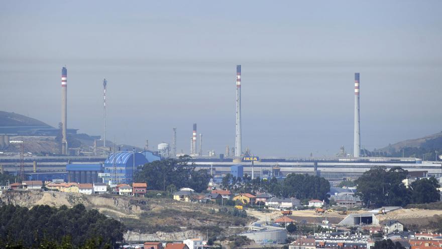 Repsol levantará el ERTE de la refinería en septiembre