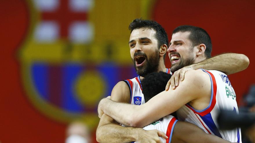 El Anadolu Efes deja al Barcelona sin Euroliga