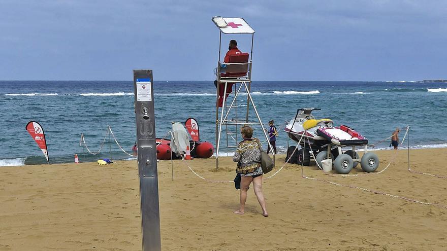 Los jueces avalan la norma que obliga a aumentar la seguridad en las playas