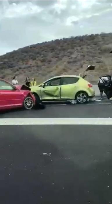 Accidente en la TF-1 a la altura de Guaza