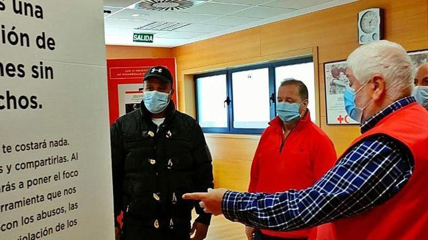 La pandemia duplicó las ayudas sociales de Cruz Roja en Cangas del Narcea