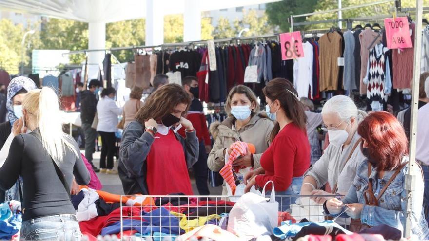 Los vendedores ambulantes cifran en un 75% la caída de las ventas por el coronavirus