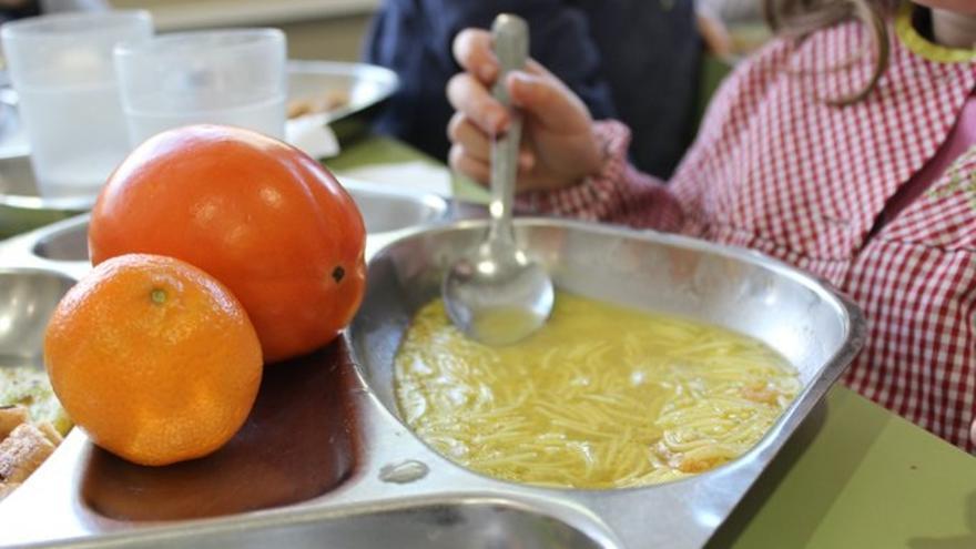Sanidad evaluará uno de cada tres comedores escolares tras las quejas por los menús