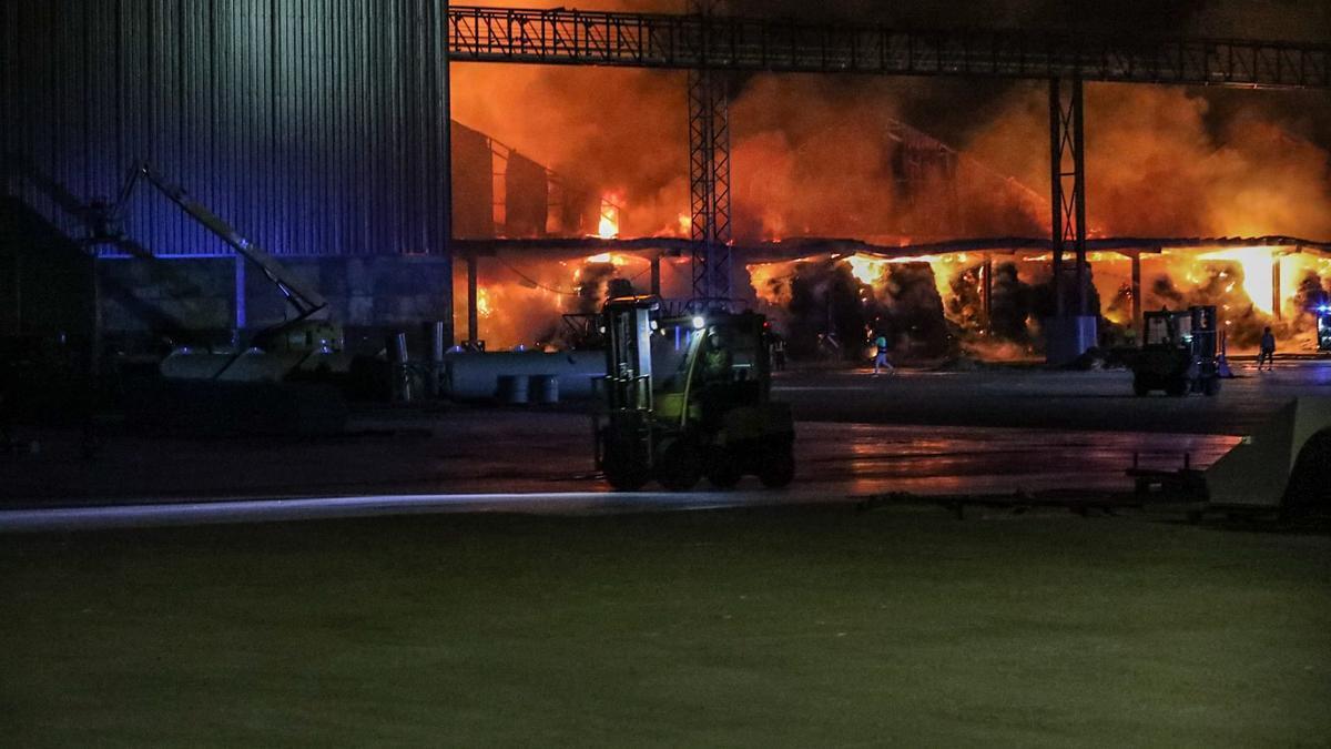 Incendio en las instalaciones de Cobadu en Zamora