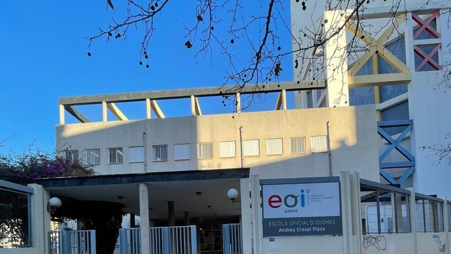 La Escuela Oficial de Idiomas de Palma pasa a denominarse EOI Andreu Crespí Plaza