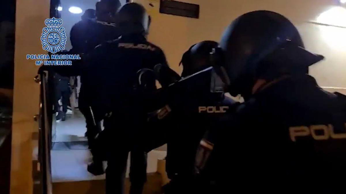 Operación de la Policía Nacional contra la trata de personas en Tenerife.