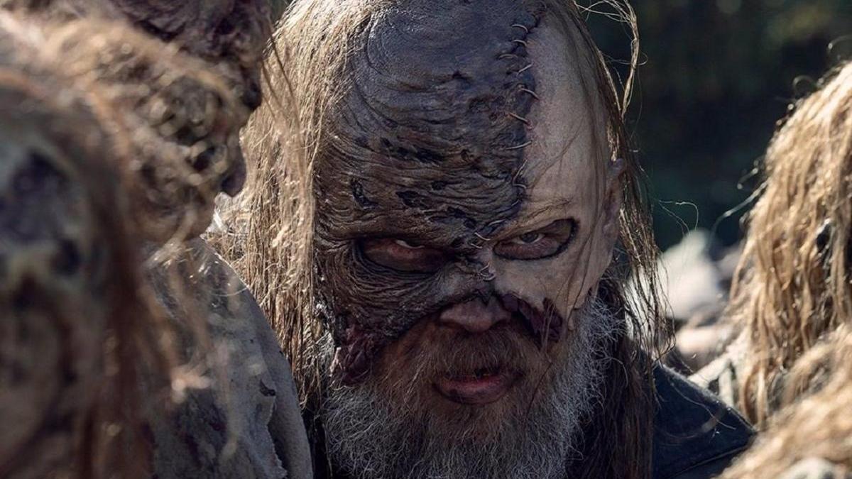 Beta, líder de los Susurradores en 'The Walking Dead'.