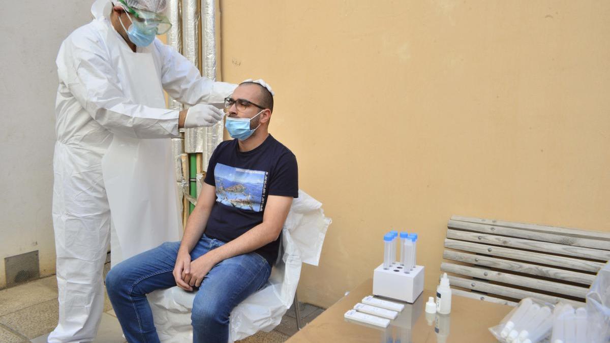 Los centros de salud de Cartagena comienzan a usar los test de antígenos