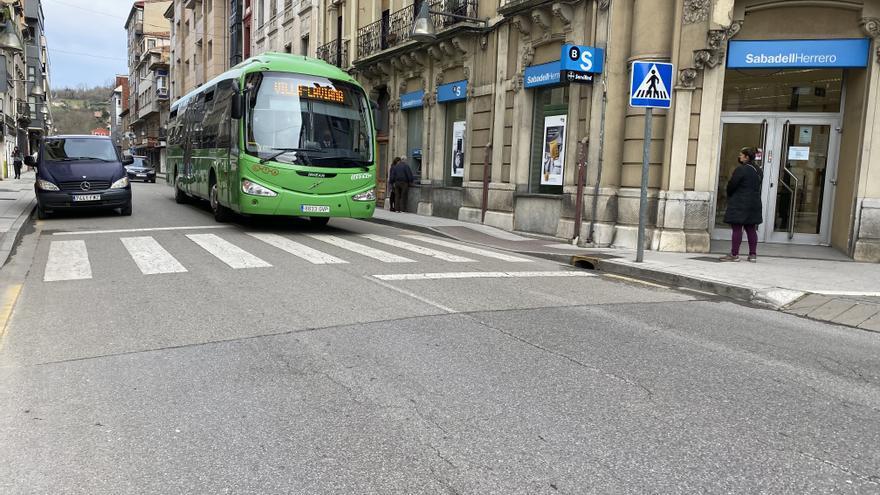 El grupo Sanjuán se afianza en las Cuencas con la compra de Autobuses de Langreo