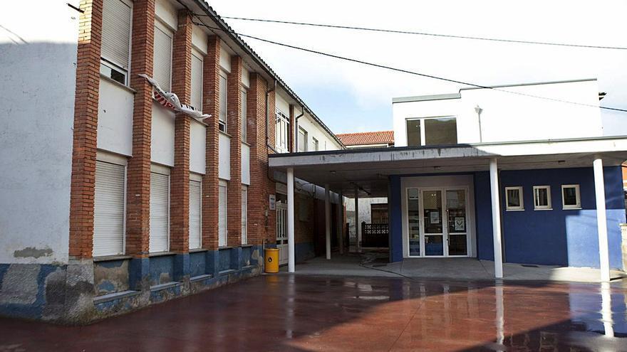 Educación decidirá esta semana si amplía o construye un nuevo colegio en Villoria