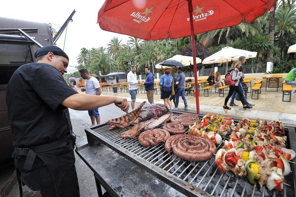 """Feria de """"Foodtruck"""" y mercado con diseñadores"""