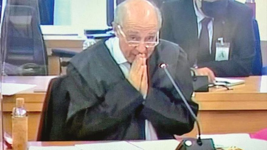 """La defensa de Sousa admite la financiación irregular pero niega el dolo: """"No hay delito"""""""