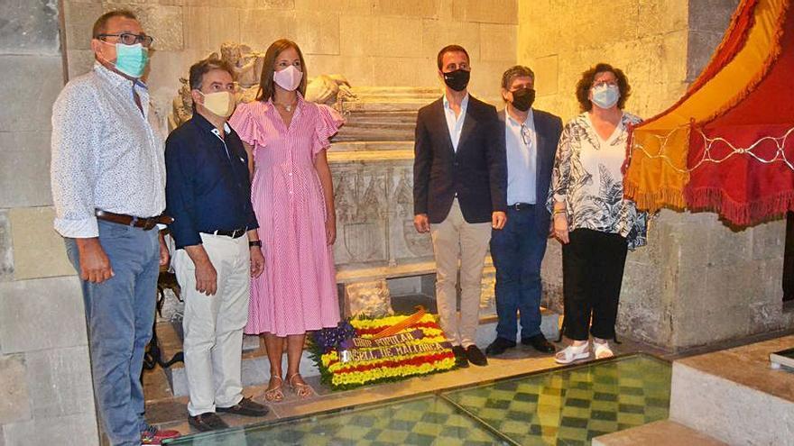 Ofrenda floral del PP para Jaume II