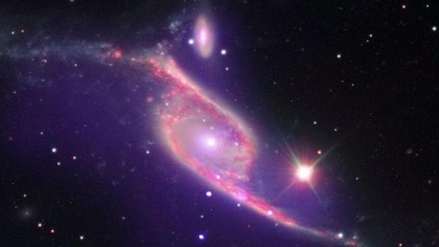 Las galaxias y los agujeros negros podrían crecer juntos