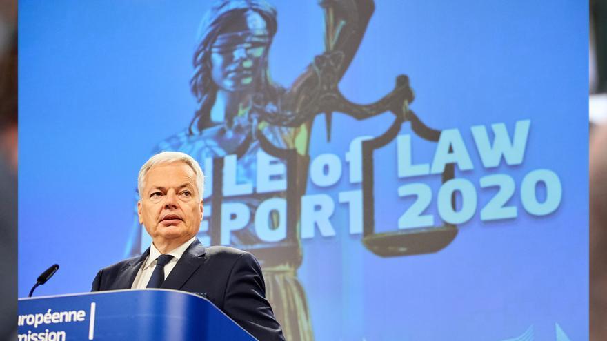 """Brussel·les diu que hi ha un """"gran suport"""" entre els 27 per actuar contra el 'Polexit' legal"""