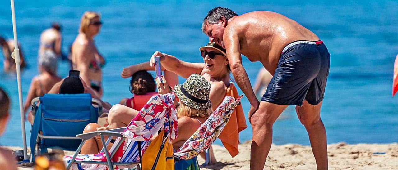 El turismo español va a ser clave para Benidorm y la Costa Blanca en julio y agosto.