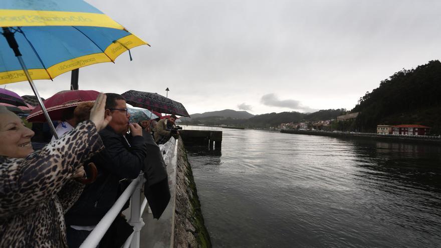 """La plataforma vecinal critica que la pasarela del Nalón """"no sea prioritaria"""""""