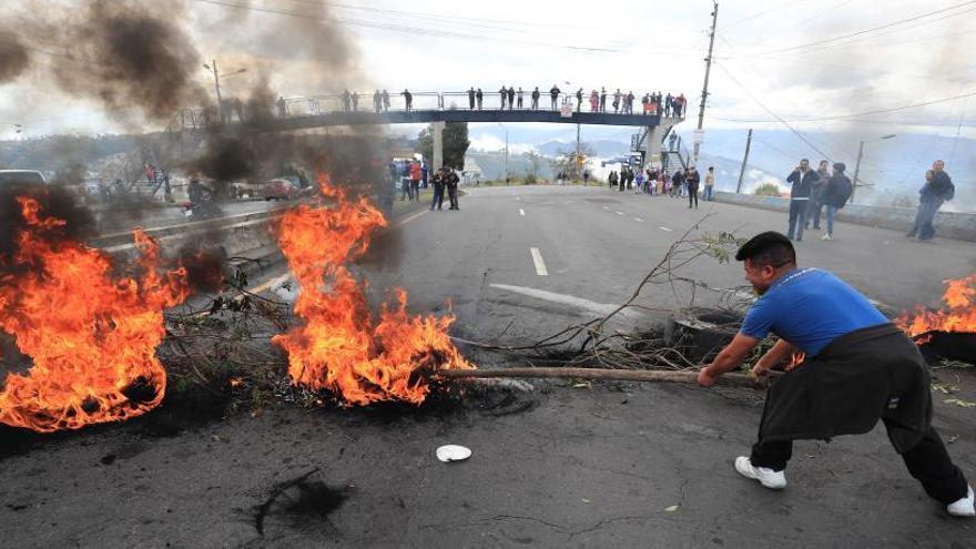 Ecuador decreta el estado de excepción por las protestas contra el alza de las gasolinas