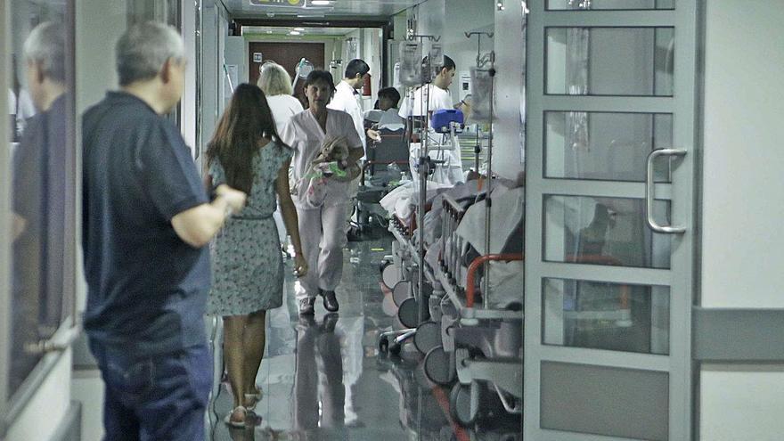 Urgencias de Son Espases atiende unos 25 pacientes con covid al día