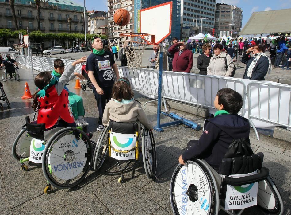 Alrededor de 1.500 personas personas participaron esta mañana en una carrera de obstáculos adaptada para corredores con discapacidad